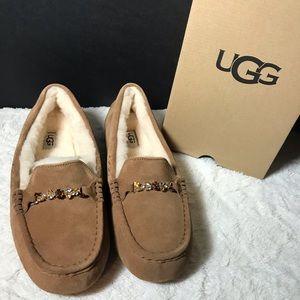 Ugg loafer